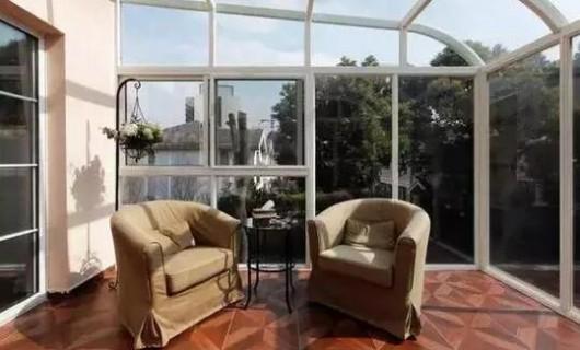 帝安姆全屋定制:装修攻略 五种装点阳台的吊顶方式 你更喜欢哪一款