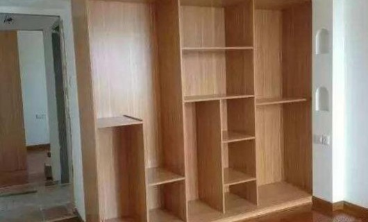 庄致家居:请木工做家具比找工厂定制家具真的便宜吗