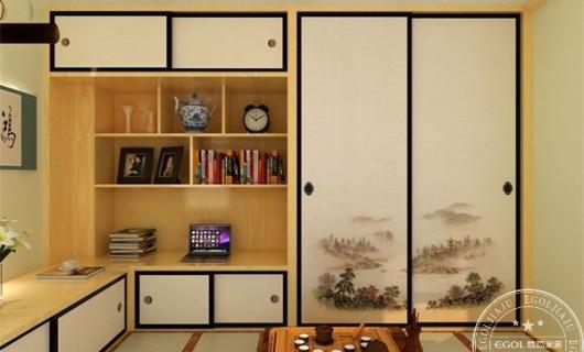 易高家居:定制实木衣柜需掌握哪些技巧